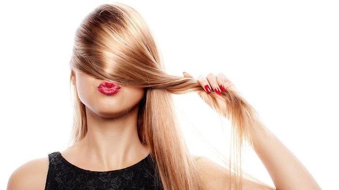 Cắt bỏ phần đuôi tóc
