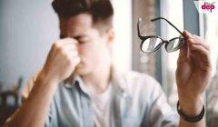 Sử dụng kính thuốc là phương pháp đơn giản mà hiệu quả giúp điều trị tật loạn thị.