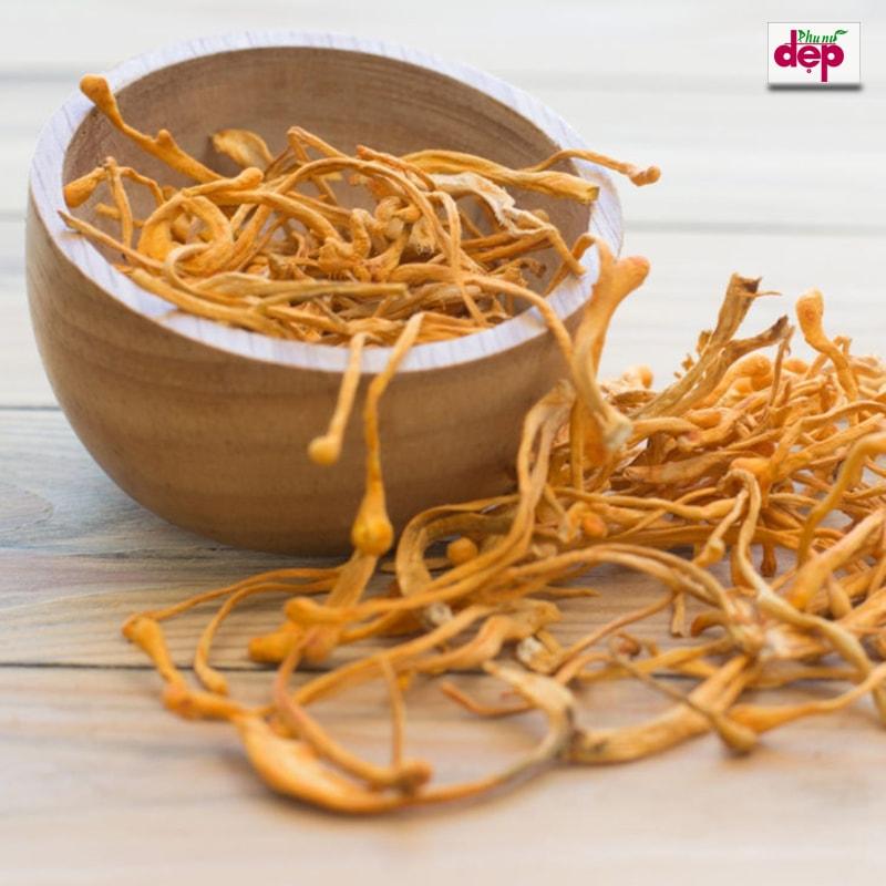 Trà đông trùng hạ thảo là thức uống mang lại nhiều dinh dưỡng cho sức khỏe. (Ảnh:Internet)